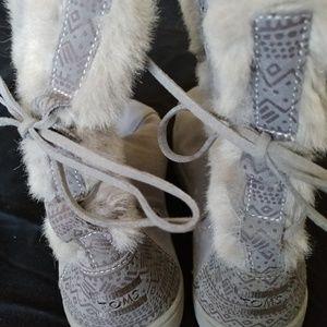 Toms ugh boots